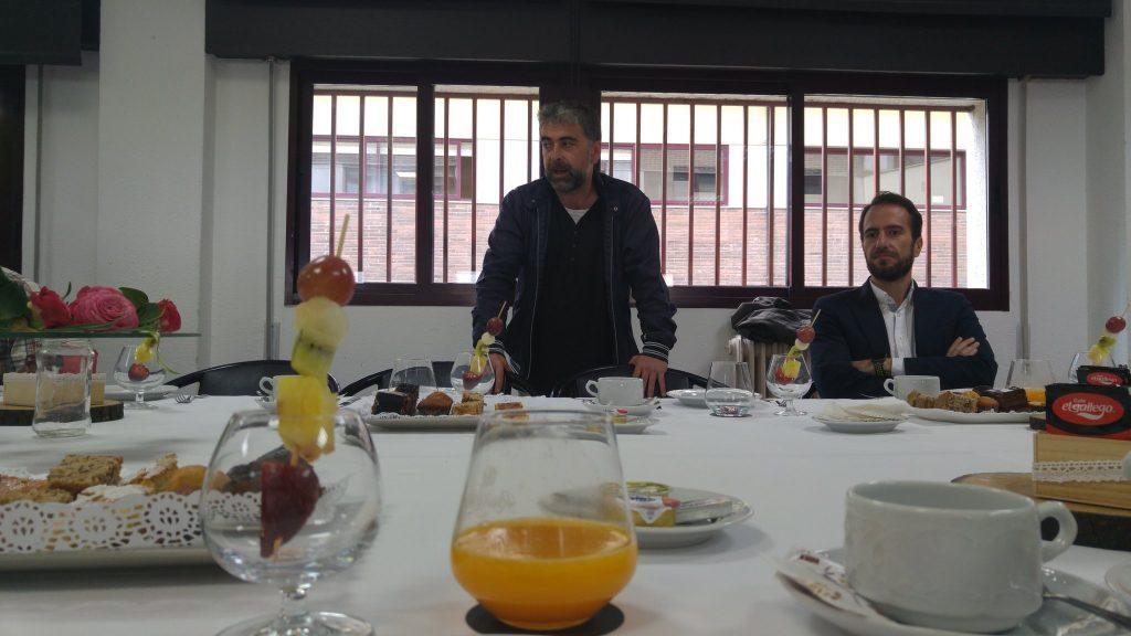 presentacion-carlos-oroza